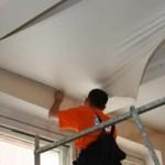 Как произвести монтаж натяжных потолков
